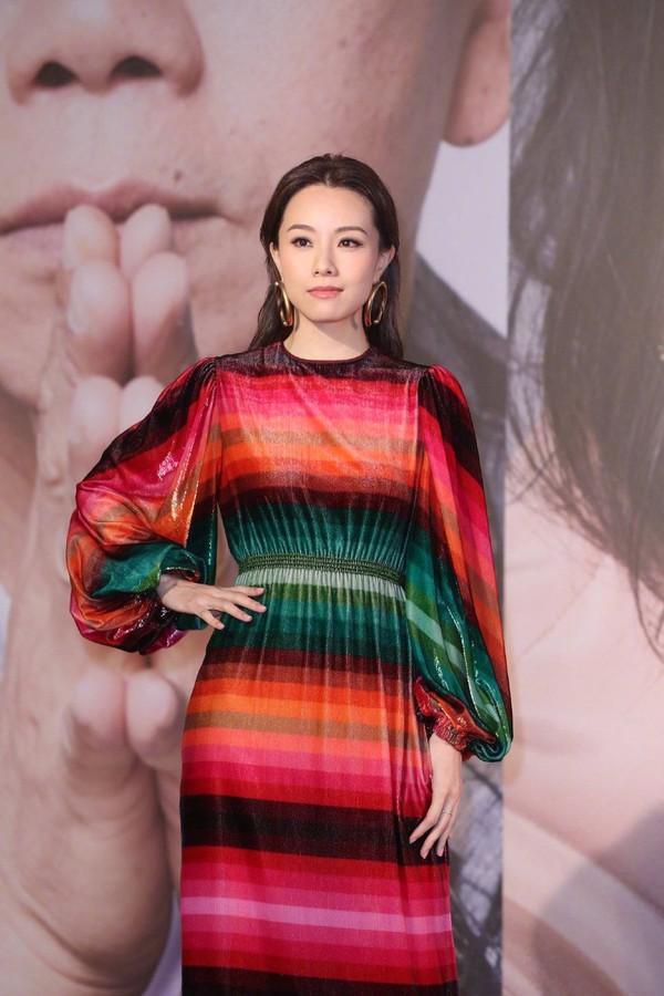 Thảm đỏ Oscar Hong Kong 2019: Song Hye Kyo đọ sắc với Hồ Định Hân, Thái Trác Nghiên-34