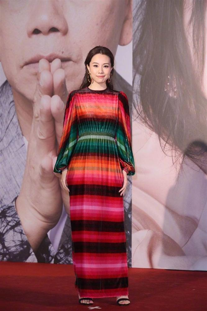 Thảm đỏ Oscar Hong Kong 2019: Song Hye Kyo đọ sắc với Hồ Định Hân, Thái Trác Nghiên-35