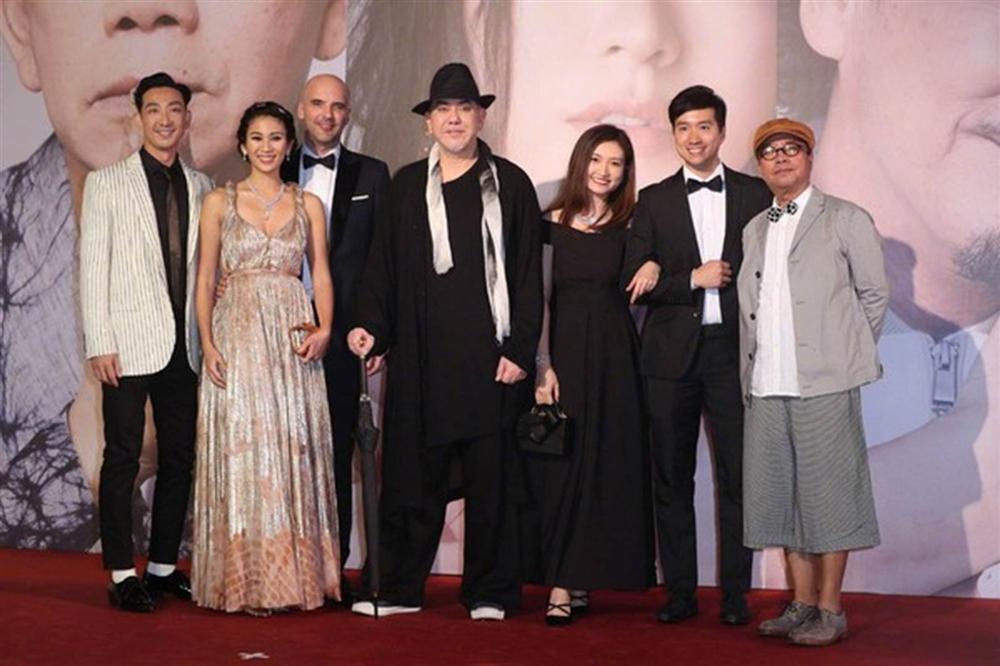 Thảm đỏ Oscar Hong Kong 2019: Song Hye Kyo đọ sắc với Hồ Định Hân, Thái Trác Nghiên-40