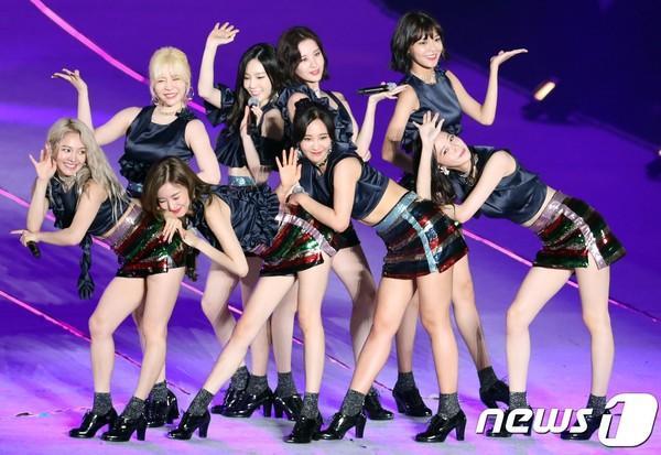 Với những động thái này, huyền thoại SNSD đang bí mật chuẩn bị comeback với đội hình 8 thành viên?-9