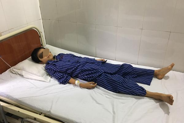 2 bé trai ở Lạng Sơn bị tan máu do ăn xôi có phẩm màu-1