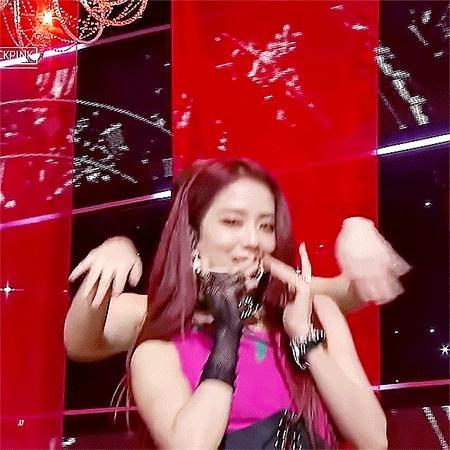 Ji Soo bị chê giọng yếu, lạc lõng nhất ở Black Pink-2