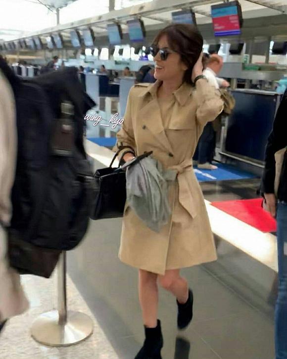 Thời trang sân bay của Song Hye Kyo còn đẹp và sành điệu hơn cả trên thảm đỏ-1