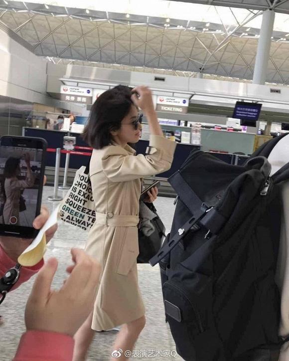 Thời trang sân bay của Song Hye Kyo còn đẹp và sành điệu hơn cả trên thảm đỏ-2