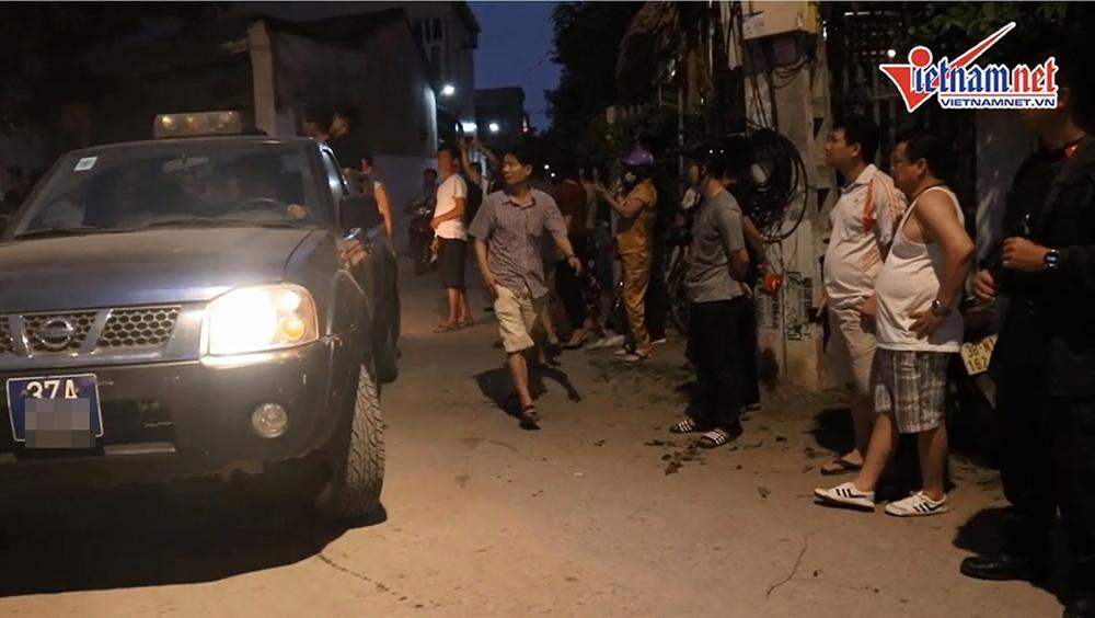 Cảnh sát bắt 4 người cùng xe tải chở 600kg ma túy ở Nghệ An-4