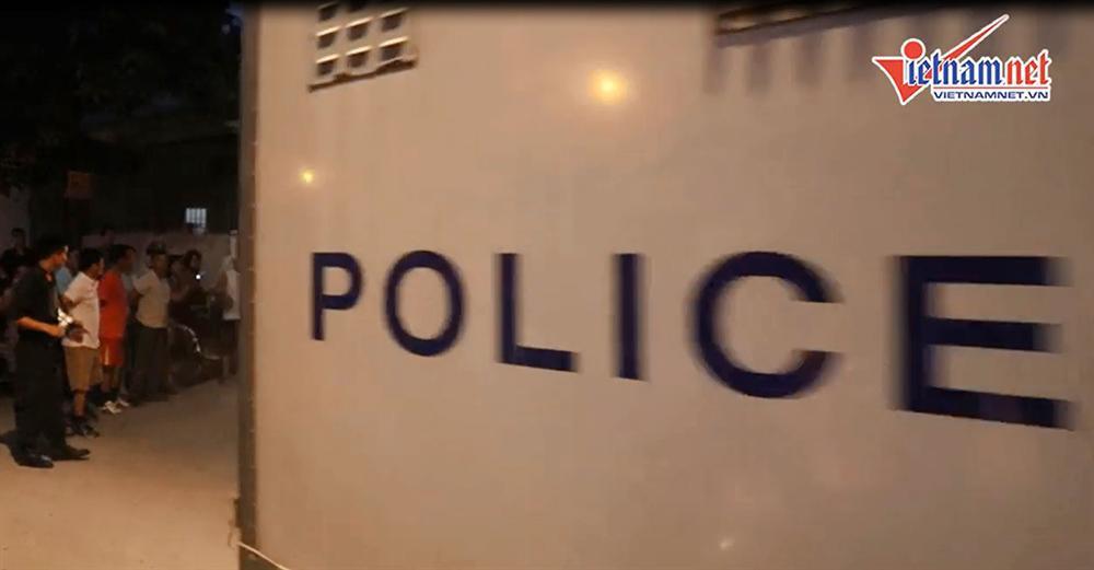 Cảnh sát bắt 4 người cùng xe tải chở 600kg ma túy ở Nghệ An-5