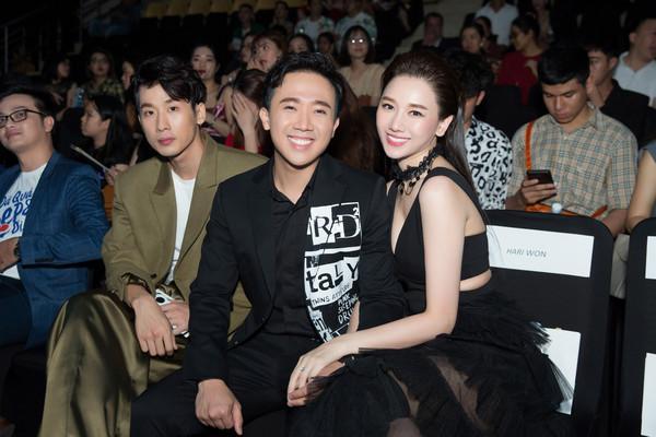 Không chỉ chăm diện đồ đôi, Trấn Thành - Hari Won bây giờ còn kẻ lông mày như thể copy - paste-1