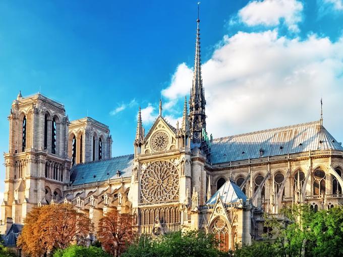 Kho báu vật được cứu trong Nhà thờ Đức Bà Paris-4