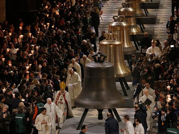 Kho báu vật được cứu trong Nhà thờ Đức Bà Paris-9