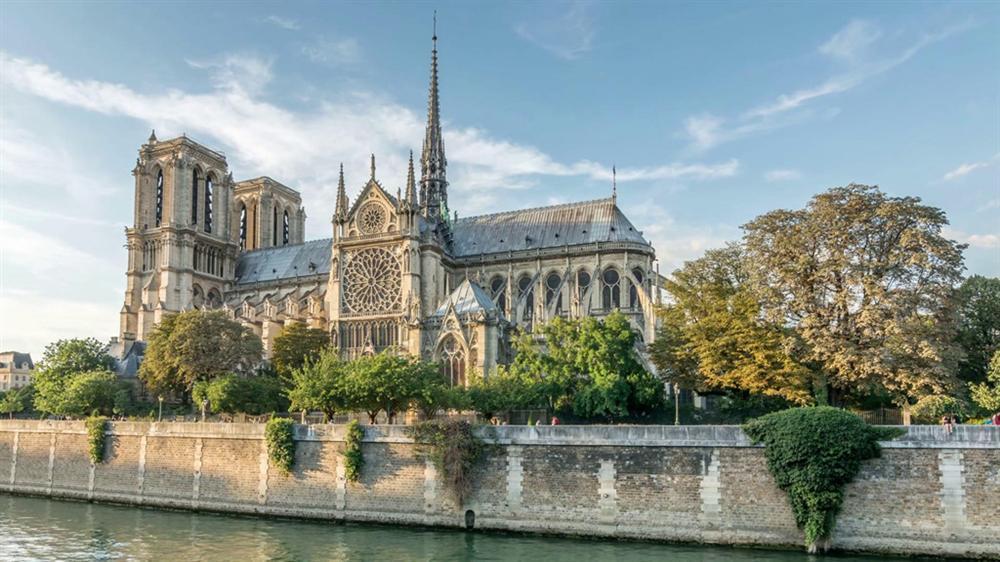 Hồi ức về Nhà thờ Đức Bà, kiến trúc hoàn mỹ của nhân loại-1
