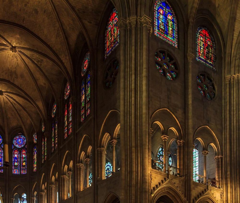 Hồi ức về Nhà thờ Đức Bà, kiến trúc hoàn mỹ của nhân loại-10