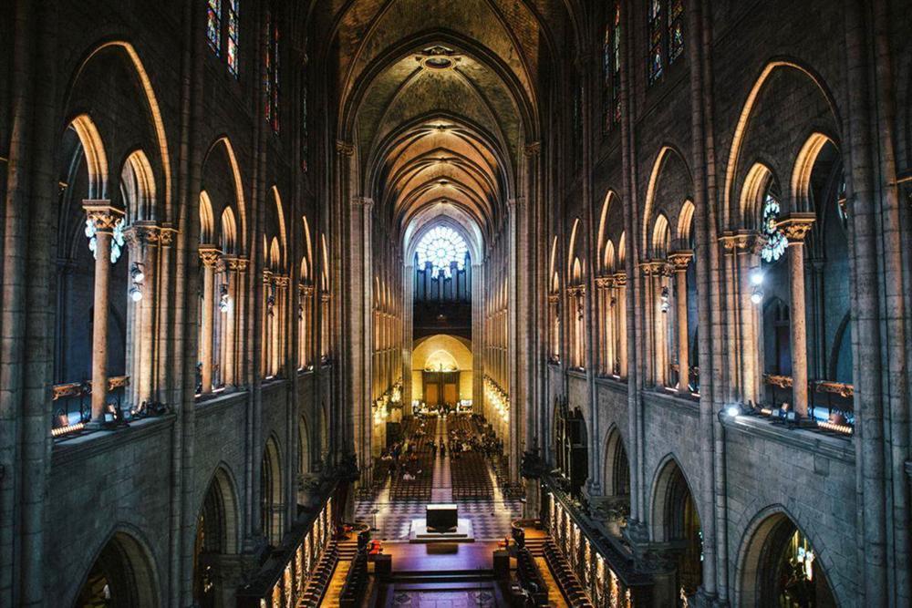 Hồi ức về Nhà thờ Đức Bà, kiến trúc hoàn mỹ của nhân loại-11