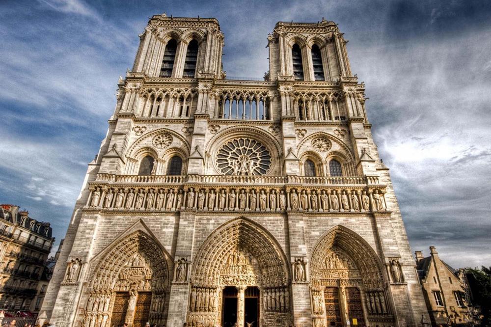 Hồi ức về Nhà thờ Đức Bà, kiến trúc hoàn mỹ của nhân loại-3