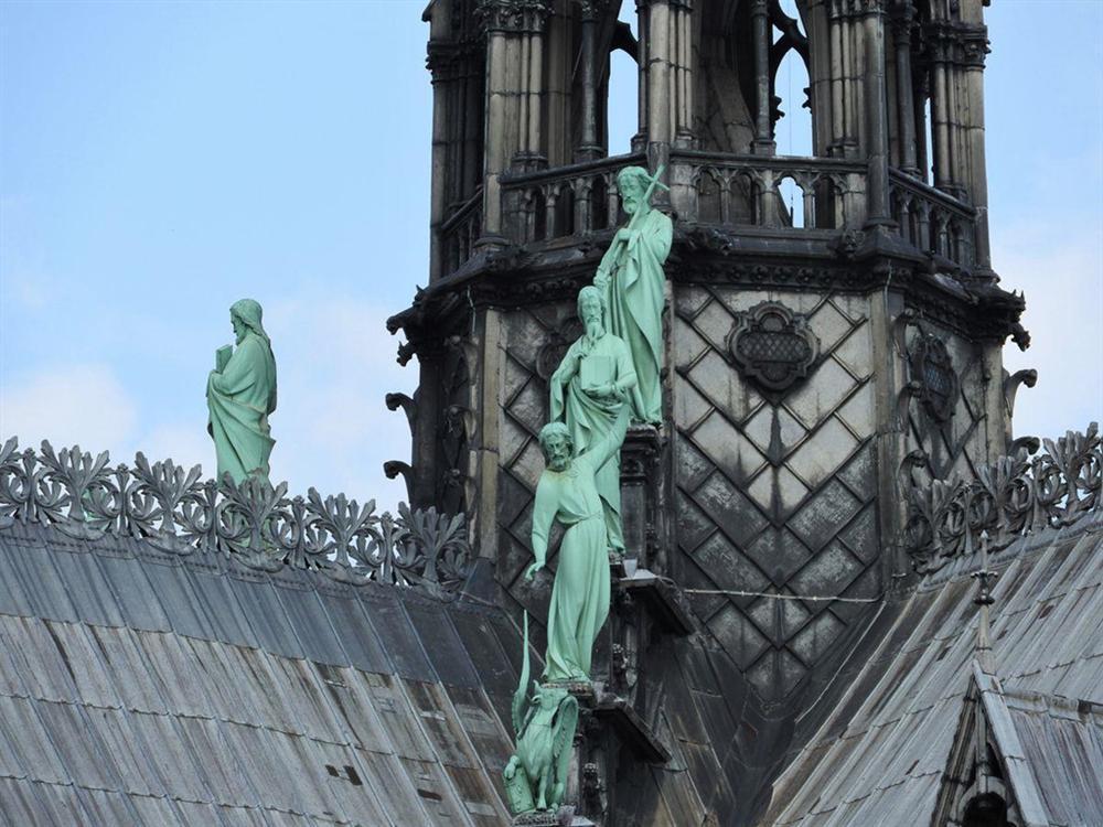 Hồi ức về Nhà thờ Đức Bà, kiến trúc hoàn mỹ của nhân loại-6