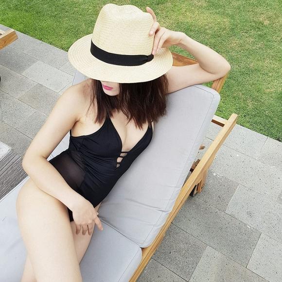 Diện lại bộ bikini từ năm ngoái, ca sĩ Phương Linh bị lộ khuyết điểm vì người chụp không có tâm?-4
