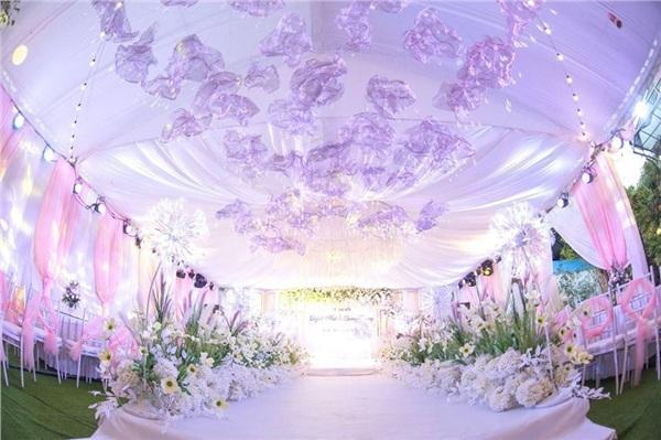 Đám cưới khủng ở Hưng Yên: Bố giàu nứt đố đổ vách bảo sao dựng rạp thôi cũng ngốn 2 tỷ lại mời cả ca sĩ Đan Trường-7