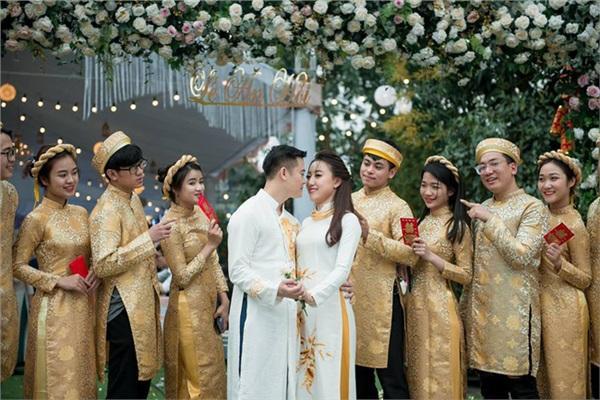 Đám cưới khủng ở Hưng Yên: Bố giàu nứt đố đổ vách bảo sao dựng rạp thôi cũng ngốn 2 tỷ lại mời cả ca sĩ Đan Trường-15