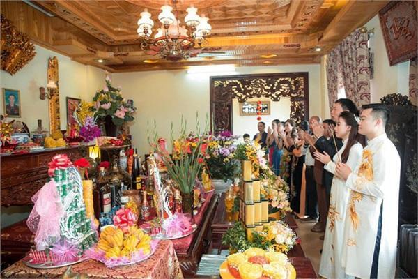 Đám cưới khủng ở Hưng Yên: Bố giàu nứt đố đổ vách bảo sao dựng rạp thôi cũng ngốn 2 tỷ lại mời cả ca sĩ Đan Trường-16