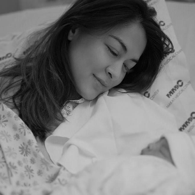 Mỹ nhân đẹp nhất Philippines sinh con thứ 2 ở tuổi 35-1