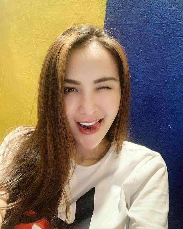 Hoa hậu Diễm Hương gây shock khi kết luận bí quyết giúp các ông chồng giúp vợ luôn vui như bồ nhí chính là Tiền - Tiền và Tiền-1