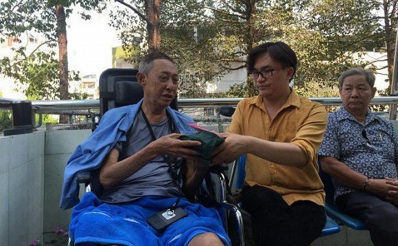 MC Đại Nghĩa thông báo ngưng nhận tiền ủng hộ nghệ sĩ Lê Bình sau khi đã chốt sổ hơn 400 triệu đồng-2