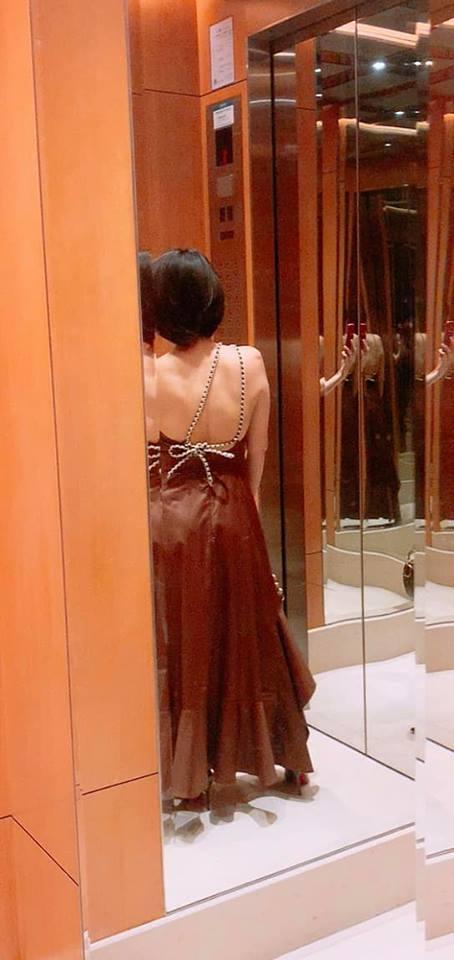 Dù chụp chính diện hay sau lưng, Thu Minh vẫn gây mê với thân hình sexy ở tuổi tứ tuần-2