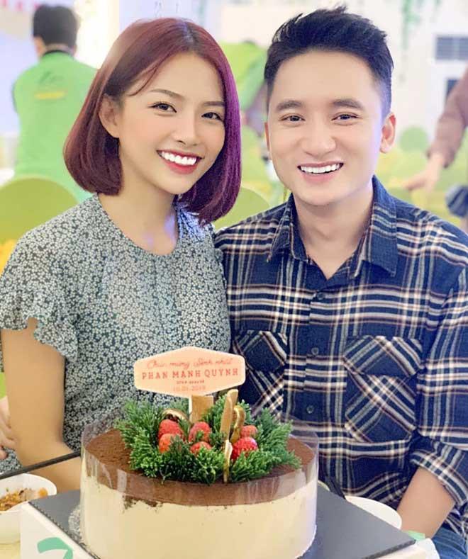 Phan Mạnh Quỳnh và bạn gái hot girl xác nhận ngày cưới-2