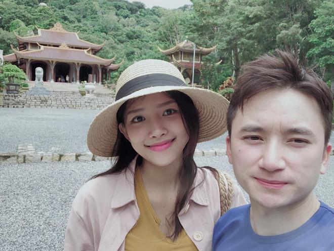 Phan Mạnh Quỳnh và bạn gái hot girl xác nhận ngày cưới-1