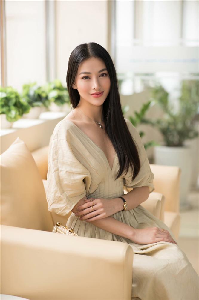 Thay mặt như thay áo, Hoa hậu Trái đất 2018 Phương Khánh bị nghi nghiện phẫu thuật thẩm mỹ khó dừng-6
