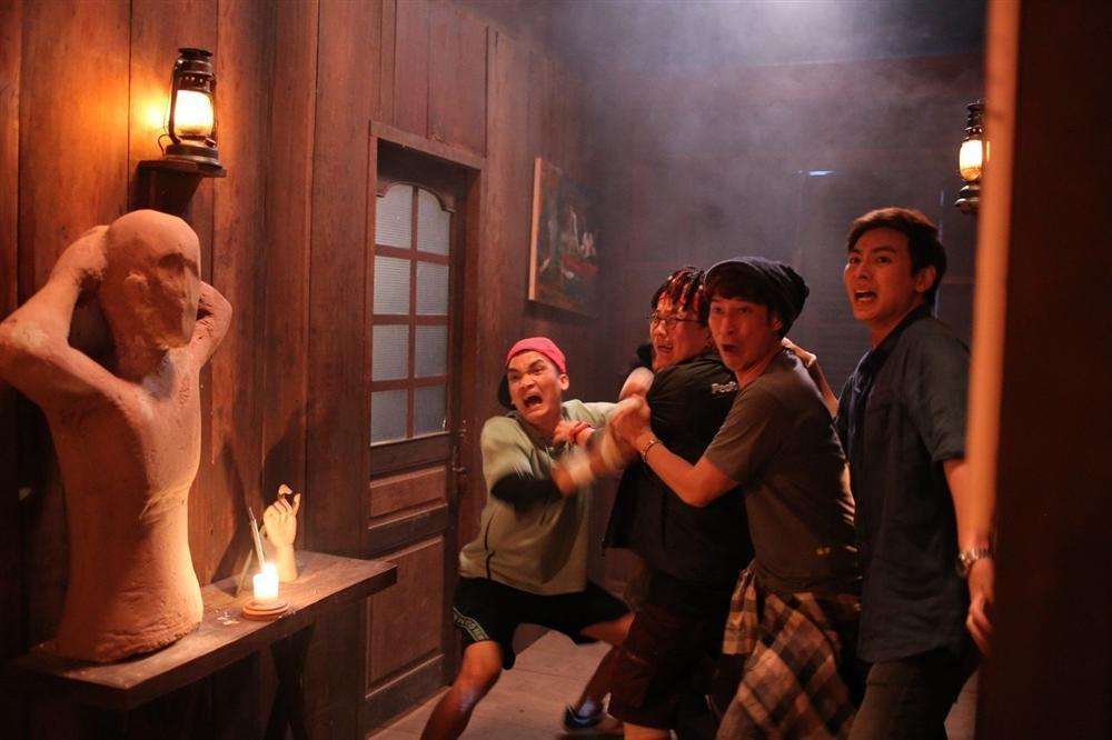 Lật mặt: Nhà có khách: Chất hài lấn át kinh dị nhờ diễn xuất của Mạc Văn Khoa và đồng bọn-5