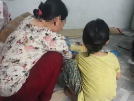 Người mẹ đau đớn làm đơn tố cáo gã xe ôm 60 tuổi xâm hại con gái 5 tuổi: 'Con bé nói ông ấy làm nó đau lắm...'