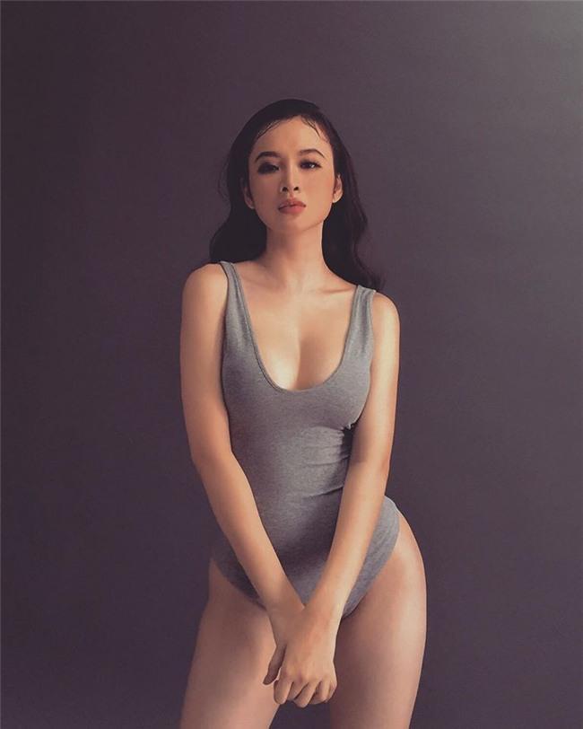 Không còn nghiện khoe thân, Angela Phương Trinh tuổi 24 đẹp nền nã trong bộ đồ phật tử-3