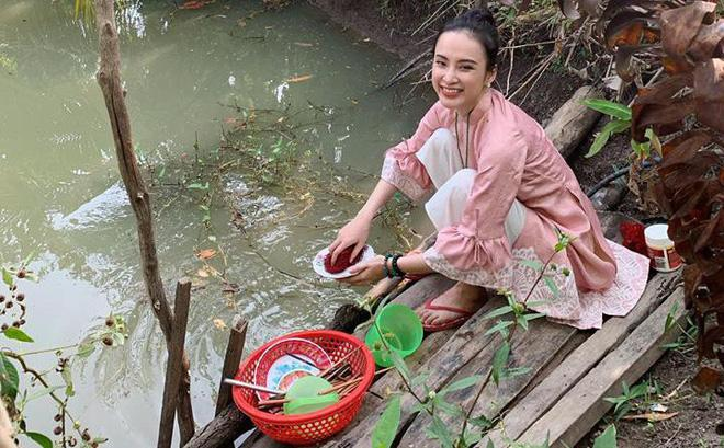 Không còn nghiện khoe thân, Angela Phương Trinh tuổi 24 đẹp nền nã trong bộ đồ phật tử-12