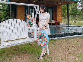 Chỉ là chụp ảnh đi nghỉ dưỡng thôi nhưng mẹ con Ly Kute lại mỗi người một vẻ như sắp sửa được lên bìa tạp chí