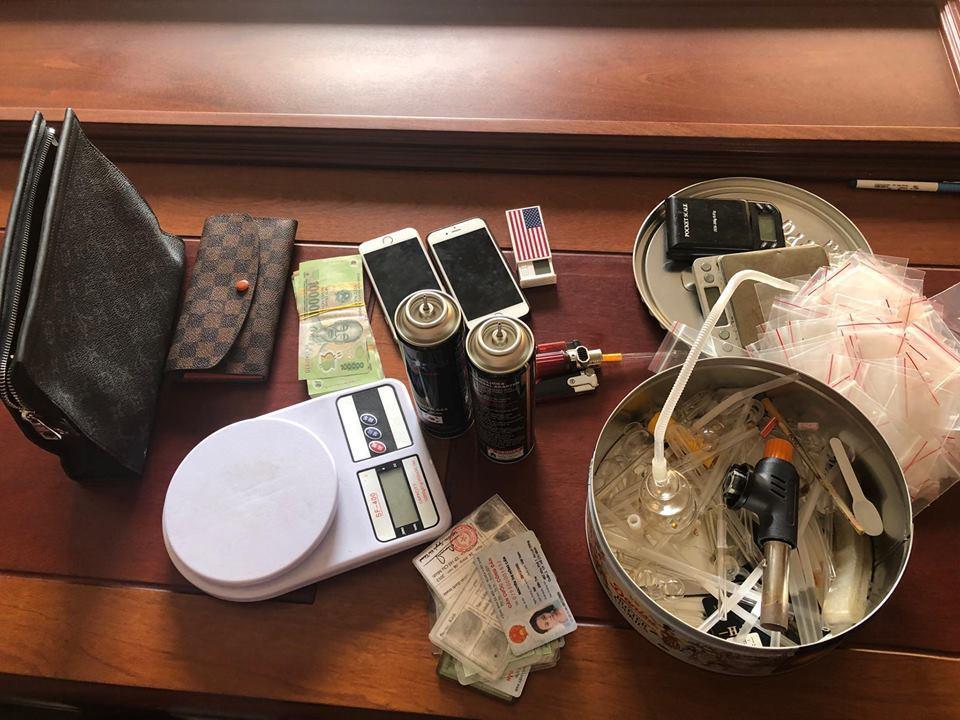 Nữ sinh viên 9X ngành dược bị bắt quả tang khi đang đi bán ma tuý cho con nghiện-2