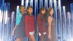 Cười mỏi miệng với 'Kill this love' phiên bản nhà nghèo cực chất của hiện tượng mạng Ponytail Girls