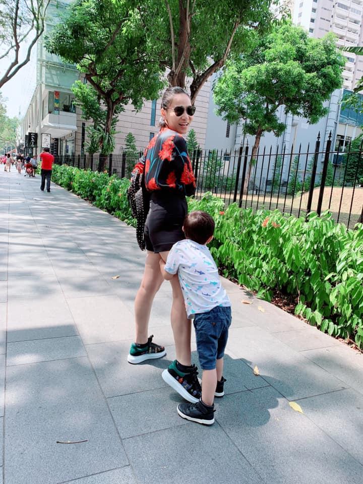 Thu Minh khoe hạnh phúc đời thường bên chồng con, Hari Won lại chỉ trầm trồ: Nhà chị đẹp quá-5