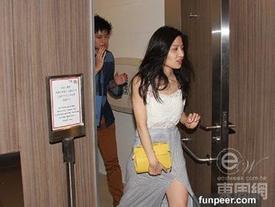 Lâm Thiên Dư sao nữ TVB trắng tay vì clip mây mưa ở toilet công cộng