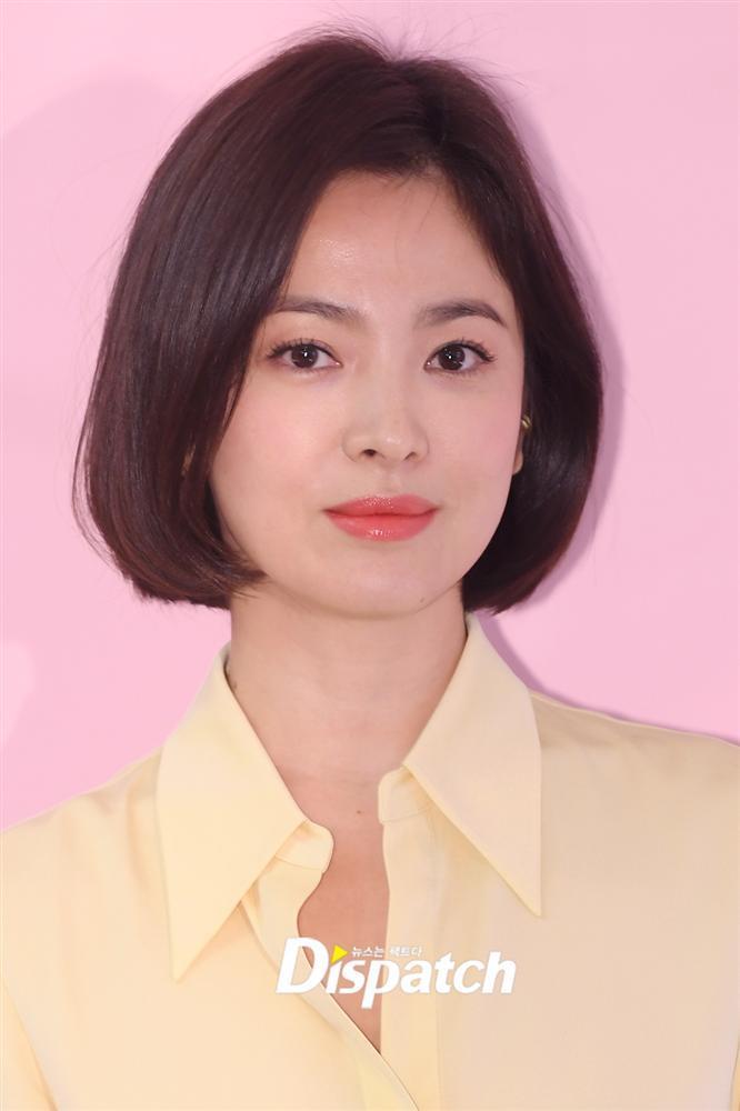 Cận cảnh gương mặt đẹp không tì vết của mỹ nhân U40 Song Hye Kyo-1