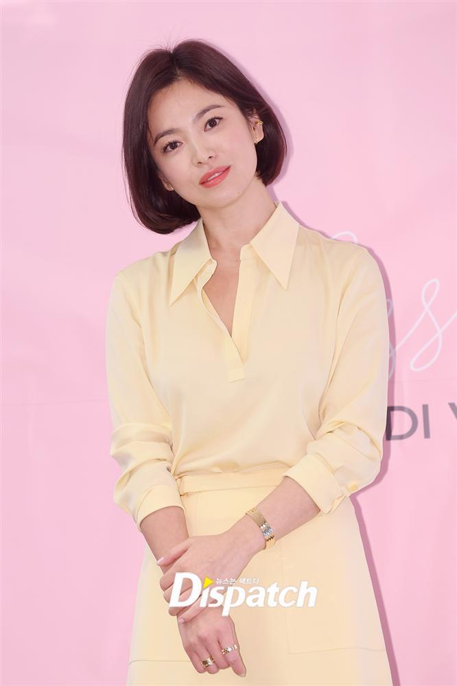 Cận cảnh gương mặt đẹp không tì vết của mỹ nhân U40 Song Hye Kyo-7