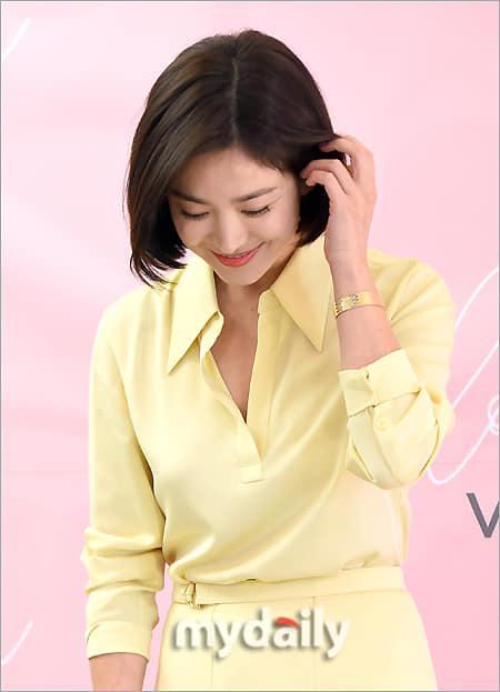 Cận cảnh gương mặt đẹp không tì vết của mỹ nhân U40 Song Hye Kyo-12