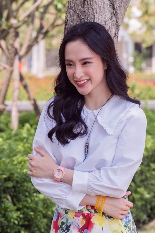 Hoàng Thùy Linh ăn uống vội vàng ở hậu trường khi tái xuất phim truyền hình sau 12 năm vắng bóng-2