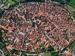 Ghé thăm ngôi làng được dát hàng nghìn tấn kim cương ở Đức