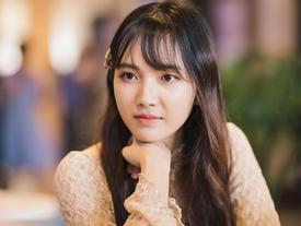 Jang Mi: '23 tuổi chưa yêu ai, sẽ sexy và nổi loạn vào ngày không xa'