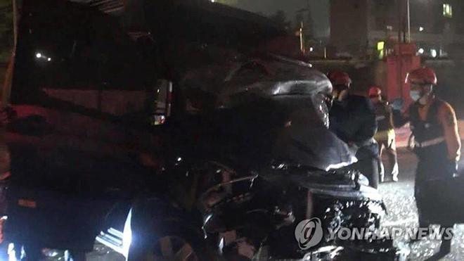 Nhóm nhạc nam Kpop bị tai nạn nghiêm trọng, quản lý qua đời-3
