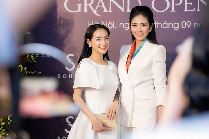 Liều mình đứng ngang dàn hoa hậu hot nhất showbiz Việt, nhan sắc của Nhã Phương xếp hạng thứ bao nhiêu?-3