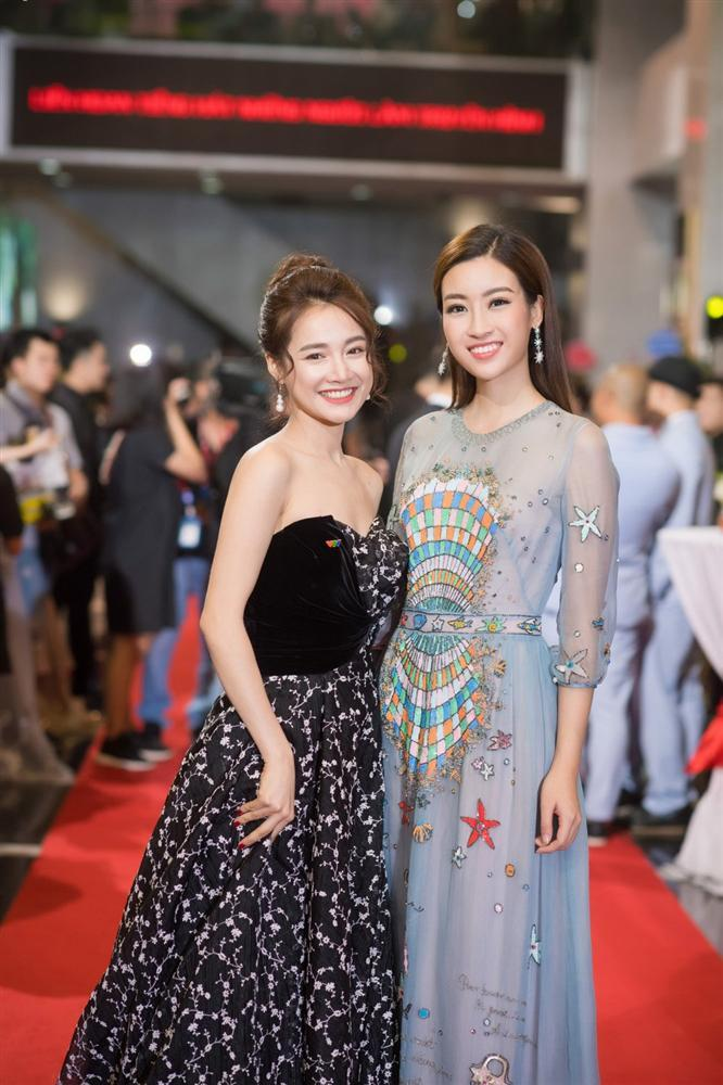 Liều mình đứng ngang dàn hoa hậu hot nhất showbiz Việt, nhan sắc của Nhã Phương xếp hạng thứ bao nhiêu?-2