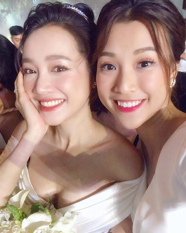 Liều mình đứng ngang dàn hoa hậu hot nhất showbiz Việt, nhan sắc của Nhã Phương xếp hạng thứ bao nhiêu?-11