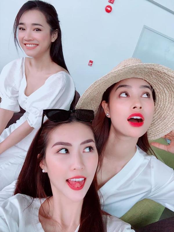 Liều mình đứng ngang dàn hoa hậu hot nhất showbiz Việt, nhan sắc của Nhã Phương xếp hạng thứ bao nhiêu?-4