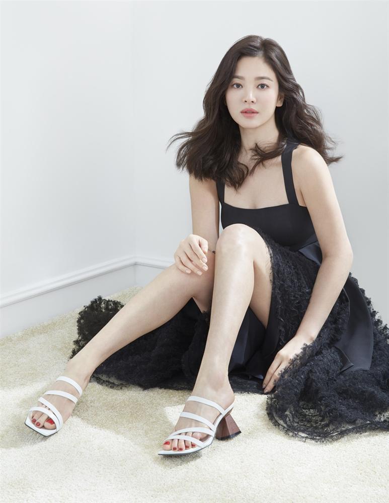 Hậu trường chụp ảnh xinh như nàng thơ đôi mươi của Song Hye Kyo-7